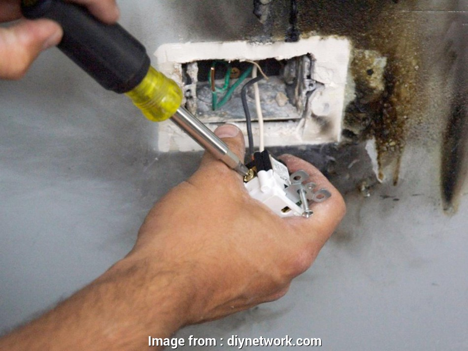 replacing electrical outlet with old wiring How to Replace an Electrical Outlet Receptacle, how-tos, DIY 19 Cleaver Replacing Electrical Outlet With, Wiring Photos
