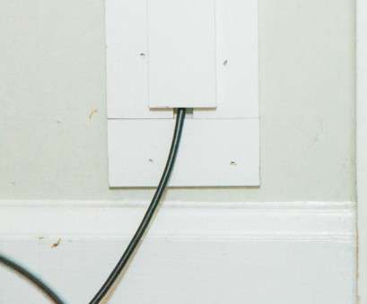 hide electrical wires How to Hide TV Cables With Molding, how-tos, DIY Hide Electrical Wires Popular How To Hide TV Cables With Molding, How-Tos, DIY Pictures