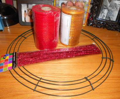 how to make a mesh wreath with wire frame Deco mesh, pipe cleaners to match,, the wreath wire frame How To Make A Mesh Wreath With Wire Frame New Deco Mesh, Pipe Cleaners To Match,, The Wreath Wire Frame Galleries