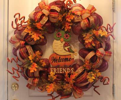 how to make a mesh wreath with wire frame DIY Mesh Thanksgiving Wreath