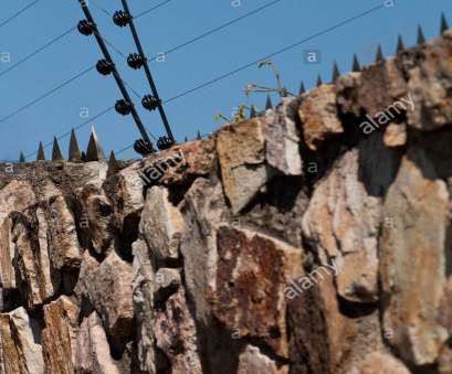 live wire electric fences western cape Electric Fencing Stock Photos & Electric Fencing Stock Images, Alamy Live Wire Electric Fences Western Cape New Electric Fencing Stock Photos & Electric Fencing Stock Images, Alamy Solutions