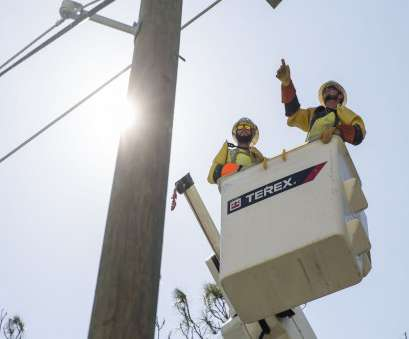 live wire electric naples fl Hurricane Irma: Most customers have power in, and Collier counties Live Wire Electric Naples Fl Perfect Hurricane Irma: Most Customers Have Power In, And Collier Counties Galleries