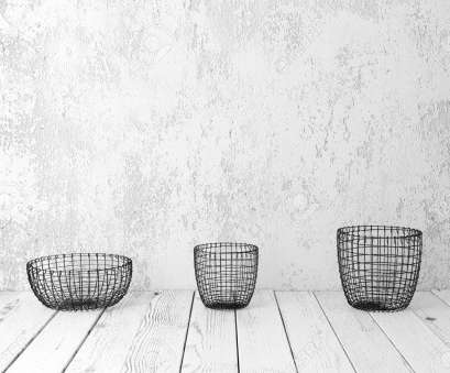 rustic wire mesh baskets Stock Photo, Vintage wire baskets on white wooden rustic floor, industrial wicker storage bins Rustic Wire Mesh Baskets Cleaver Stock Photo, Vintage Wire Baskets On White Wooden Rustic Floor, Industrial Wicker Storage Bins Images