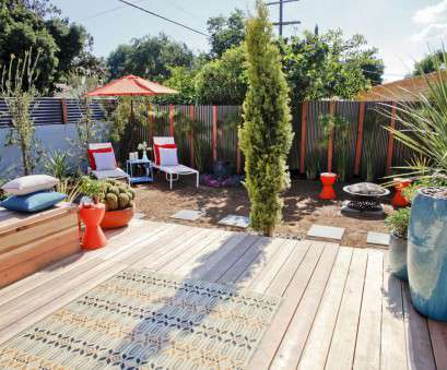 wire mesh privacy screen 27 Ways to, Privacy to Your Backyard, HGTV's Decorating Wire Mesh Privacy Screen Brilliant 27 Ways To, Privacy To Your Backyard, HGTV'S Decorating Solutions