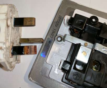 wiring a cooker switch with socket Discoloured, and melted plastic on back of socket, there is a hole Wiring A Cooker Switch With Socket Popular Discoloured, And Melted Plastic On Back Of Socket, There Is A Hole Collections