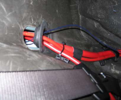 Wiring A Remote Switch, Your Amp Nice Gently Prize, Storage-Trays From, Back Of, Centre-Console, Inside, Armrest. Slide, Rear Air-Vent Down, Remove, 2 Screws Holding The Galleries